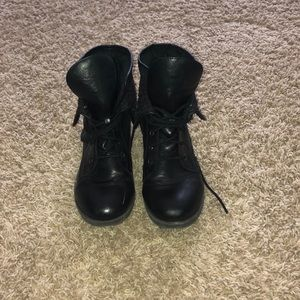 Floral pattern Combat boots